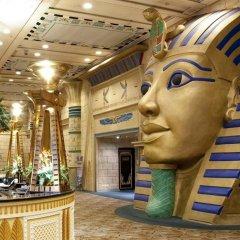New Orient Landmark Hotel развлечения
