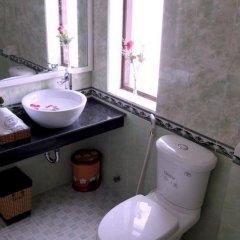 Отель Green Grass Homestay ванная