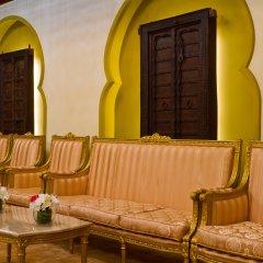 Отель Radisson Blu Resort, Sharjah интерьер отеля