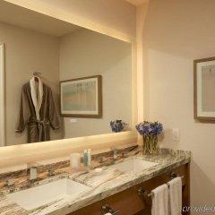 Отель Loews Santa Monica Санта-Моника ванная