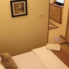 Отель LUCKYHIYA Мале комната для гостей