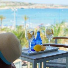 Отель Limanaki Beach Hotel Кипр, Айя-Напа - 1 отзыв об отеле, цены и фото номеров - забронировать отель Limanaki Beach Hotel онлайн балкон