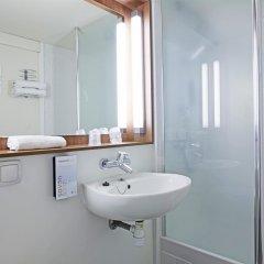 Отель Campanile Villeneuve D'Ascq ванная фото 2