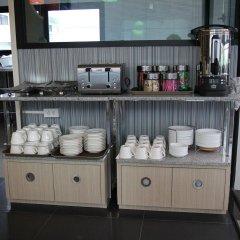 Отель Pakdee Bed And Breakfast Бангкок питание
