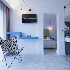 Отель Blue Bottle Boutique Hotel Греция, Салоники - отзывы, цены и фото номеров - забронировать отель Blue Bottle Boutique Hotel онлайн комната для гостей фото 3