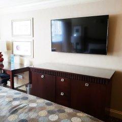 Отель Wyndham Grand Chicago Riverfront удобства в номере фото 2