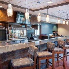 Отель Four Points By Sheraton Columbus - Polaris Колумбус гостиничный бар