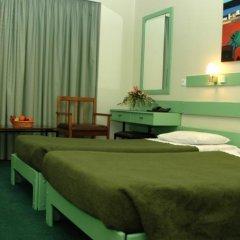 Отель Amalia комната для гостей