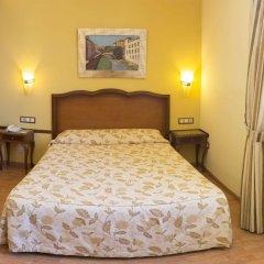 Отель Reina Cristina комната для гостей фото 5