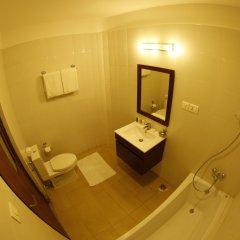 Отель Arts Kathmandu Непал, Катманду - отзывы, цены и фото номеров - забронировать отель Arts Kathmandu онлайн ванная фото 2