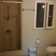 Отель Myndos Guesthouse ванная фото 2