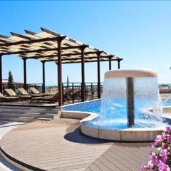 Отель Boutique Rose Gardens Beach & SPA Hotel Болгария, Поморие - отзывы, цены и фото номеров - забронировать отель Boutique Rose Gardens Beach & SPA Hotel онлайн бассейн фото 2