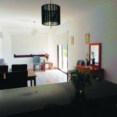 Апартаменты Andries Apartments комната для гостей фото 3