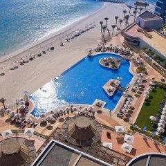 Dukes Dubai, a Royal Hideaway Hotel пляж
