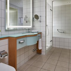 Отель Hilton Cologne ванная фото 3