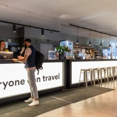 Отель a&o Düsseldorf Hauptbahnhof Германия, Дюссельдорф - 6 отзывов об отеле, цены и фото номеров - забронировать отель a&o Düsseldorf Hauptbahnhof онлайн гостиничный бар