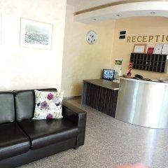 Отель Eleven Moons Болгария, Равда - отзывы, цены и фото номеров - забронировать отель Eleven Moons онлайн интерьер отеля