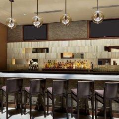 Отель Hilton Québec Канада, Квебек - отзывы, цены и фото номеров - забронировать отель Hilton Québec онлайн гостиничный бар