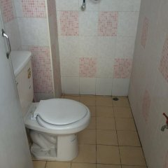 Отель Sunshine Apartment Таиланд, Бангкок - отзывы, цены и фото номеров - забронировать отель Sunshine Apartment онлайн ванная