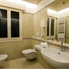 Отель Suites Torre dell'Orologio Италия, Венеция - отзывы, цены и фото номеров - забронировать отель Suites Torre dell'Orologio онлайн ванная фото 2