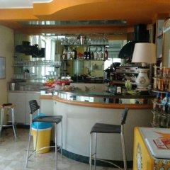 Отель Villa Camay Италия, Римини - отзывы, цены и фото номеров - забронировать отель Villa Camay онлайн гостиничный бар