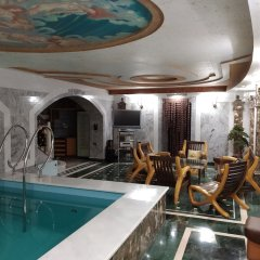 Гостиница Mandarin clubhouse Украина, Харьков - отзывы, цены и фото номеров - забронировать гостиницу Mandarin clubhouse онлайн бассейн