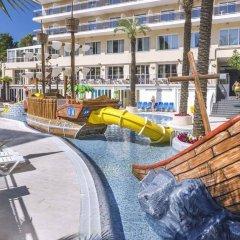 Hotel Serhs Oasis Park бассейн