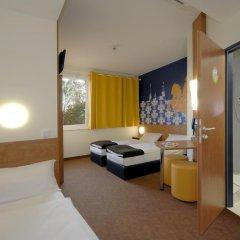 Отель B&B Hotel Dresden Германия, Дрезден - отзывы, цены и фото номеров - забронировать отель B&B Hotel Dresden онлайн комната для гостей фото 2