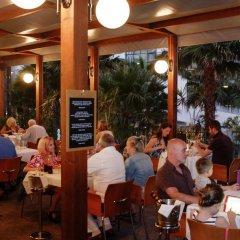 Отель Vidamar Resort Madeira - Half Board Only Португалия, Фуншал - отзывы, цены и фото номеров - забронировать отель Vidamar Resort Madeira - Half Board Only онлайн интерьер отеля фото 2