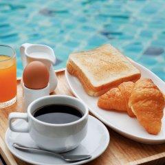 Отель Aqua Resort Phuket питание