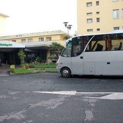 Отель Holiday Inn Rome Aurelia городской автобус