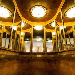 Mayfair Hotel Tunneln бассейн