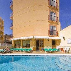 Отель Hostal Adelino бассейн фото 2