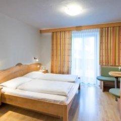 Отель Appartements Ferienidylle Gstrein Парчинес комната для гостей фото 2