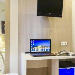 Отель Hostal Adelino удобства в номере фото 2