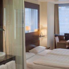 Отель Park Inn by Radisson Berlin Alexanderplatz 4* Стандартный номер разные типы кроватей фото 2