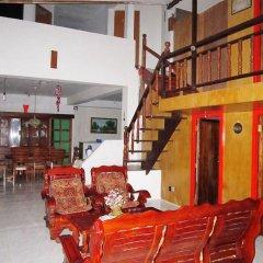 Отель DJ3 Southtown Room and Board Hotel Филиппины, Сикихор - отзывы, цены и фото номеров - забронировать отель DJ3 Southtown Room and Board Hotel онлайн гостиничный бар