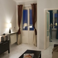 Отель Koro De Varsovio - Chmielna 6 Варшава комната для гостей фото 6