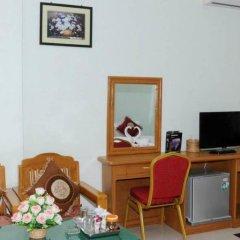 Отель Golden Kinnara Hotel Мьянма, Лашио - отзывы, цены и фото номеров - забронировать отель Golden Kinnara Hotel онлайн удобства в номере фото 2
