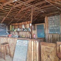 Отель Stumble Inn Eco Lodge Гана, Шама - отзывы, цены и фото номеров - забронировать отель Stumble Inn Eco Lodge онлайн гостиничный бар