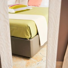 Отель Palazzo Gilistro Сиракуза сейф в номере