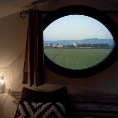 Отель Podere Conte Gherardo Марина ди Биббона комната для гостей