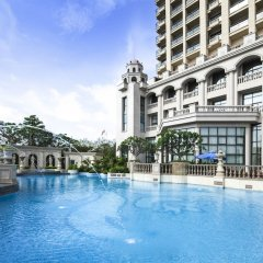 Отель Wyndham Grand Xiamen Haicang Китай, Сямынь - отзывы, цены и фото номеров - забронировать отель Wyndham Grand Xiamen Haicang онлайн бассейн фото 2