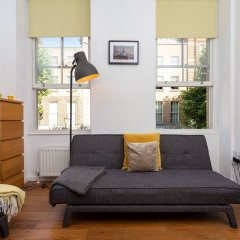 Апартаменты 1 Bedroom Apartment In Fitzrovia Sleeps 4 комната для гостей фото 5