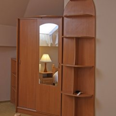 Hotel Ekran сейф в номере