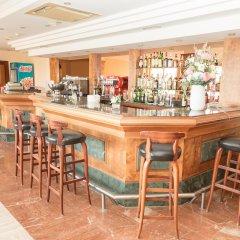 Hotel Club SIllot гостиничный бар
