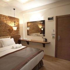 Pera Line Hotel сейф в номере