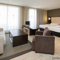 Hotel ILUNION Almirante фото 4