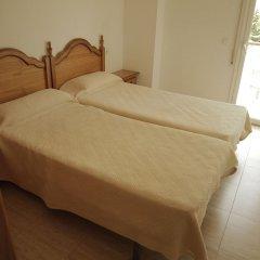 Отель Apartamentos Villa de Madrid Испания, Бланес - отзывы, цены и фото номеров - забронировать отель Apartamentos Villa de Madrid онлайн комната для гостей фото 4