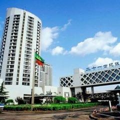 Отель The Twenty-first Century Hotel - Beijing Китай, Пекин - отзывы, цены и фото номеров - забронировать отель The Twenty-first Century Hotel - Beijing онлайн парковка